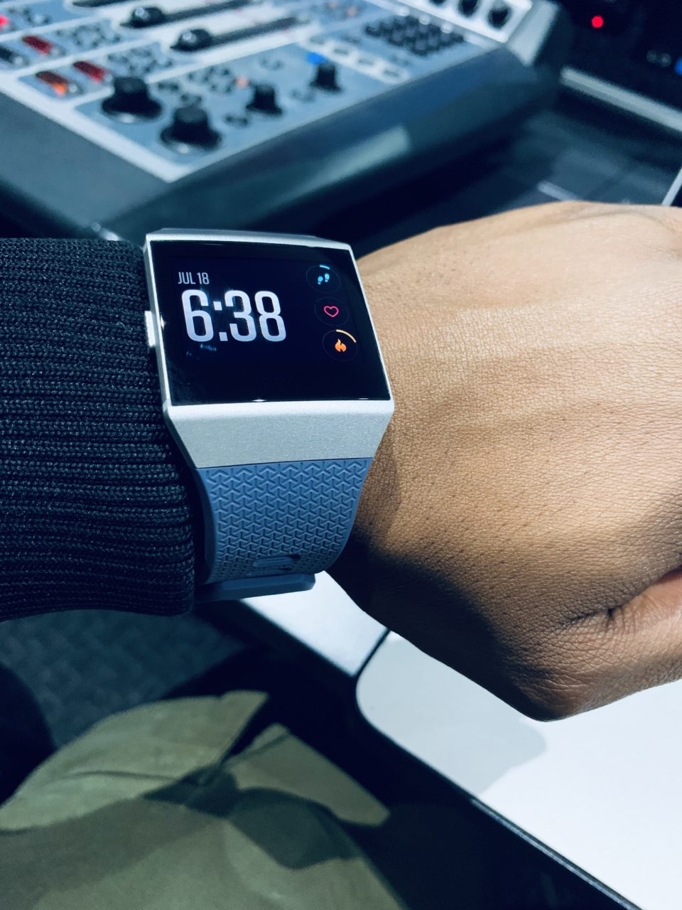 Review (Fitbit Ionic)